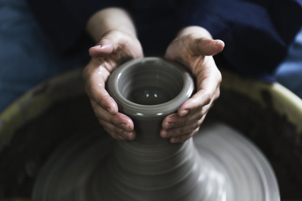 伝統工芸継承のための見習い研修 画像