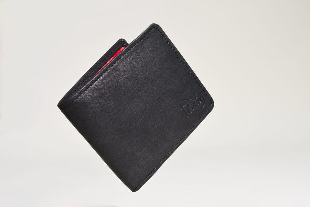 シカ革の財布を通してシカの魅力を届けたい